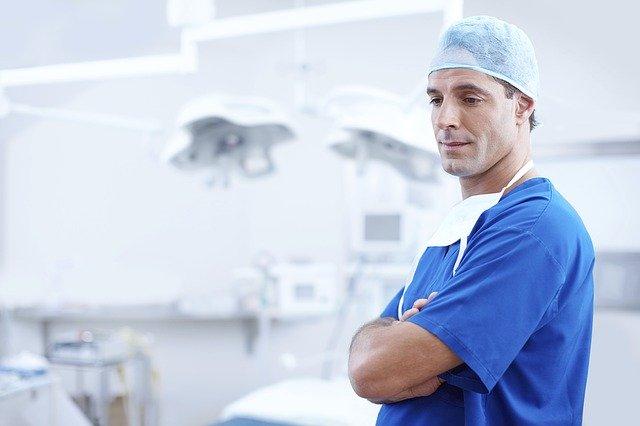 doktor po zákroku