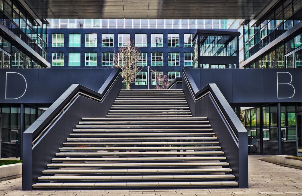 schodiště a materiál