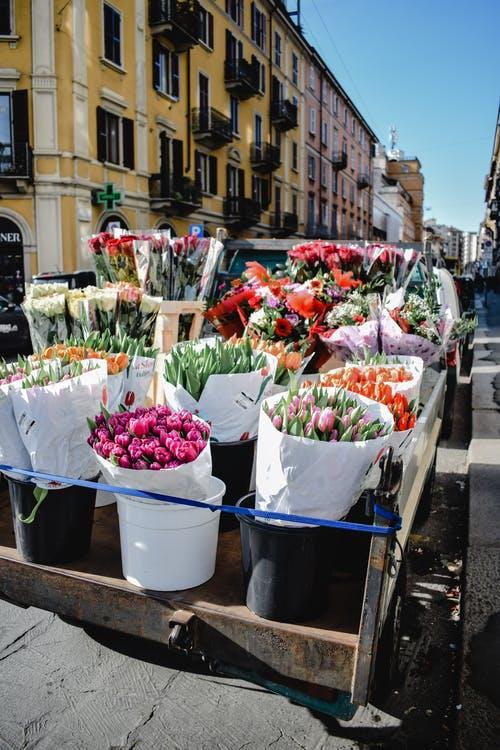 vozík květiny